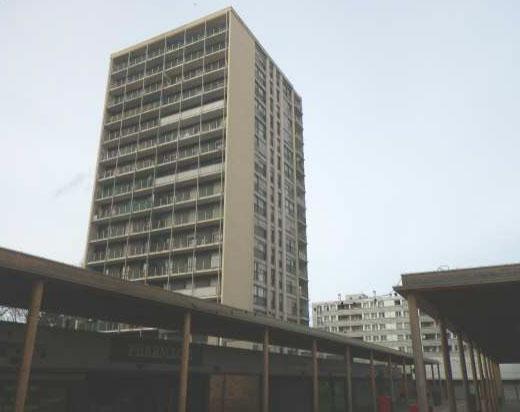 06. Three condominiums in the Paris area (20 to 200 lots)