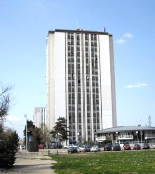 03. Réhabilitation thermique + photovoltaïque sur une tour d'habitation de 18 étages